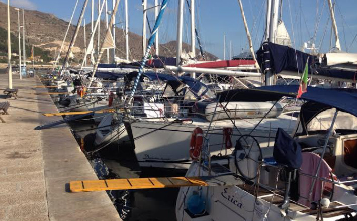 Disponibilità posti barca al porto di Favignana